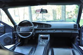 944 S2 Coupé - Main interior photo