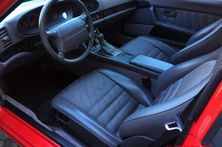 Porsche 968  Coupé, 1993 - Primary interior photo