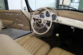 356 A 1600 Convertible D - Main interior photo