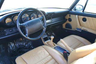 911 964 Turbo 3.3 - Main interior photo
