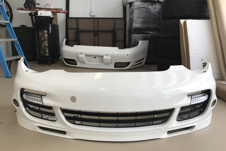 2009 997 turbo front bumper, white, includes turn signals and fog lights  - #1
