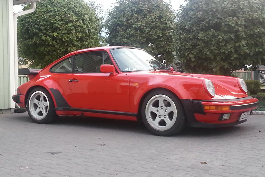 Porsche 911 G Model Carrera 3 2 Coup 233 Turbo Look 152kw