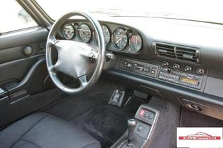 Porsche 911 993 Carrera Coupé 3.6 200kW-version, 1994 - Primary interior photo