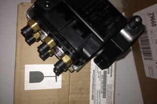 Control Mechanism with support 955 358 903 00 - Secondary photo