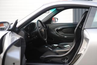 Porsche 911 996 GT3 mk1, 2001 - Primary interior photo