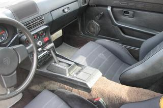 924 2.0 92kW-version - Main interior photo