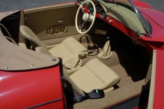 Replica  356 - Main interior photo
