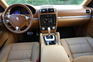 Porsche Cayenne 957 (3.6), 2008 - Primary interior photo