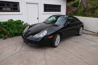 Porsche 911 996 Carrera Coupé 3.4, 1999 - Primary exterior photo