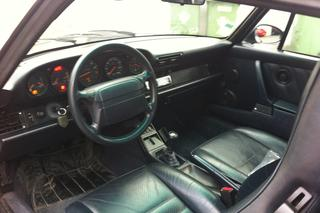 911 964 Carrera 2 Cabriolet - Main interior photo