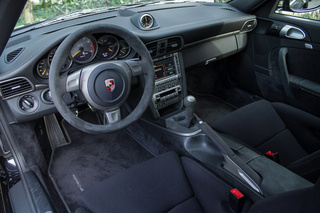911 997 GT2 - Main interior photo