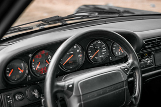 Porsche 911 964 Turbo 3.3, 1993 - Primary interior photo