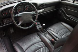 911 993 Carrera 4S 3.8 - Main interior photo