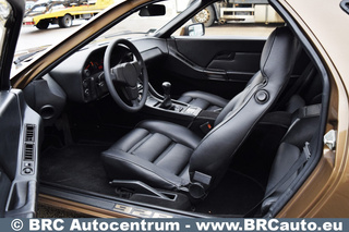 928 4.5 169kW-version - Main interior photo