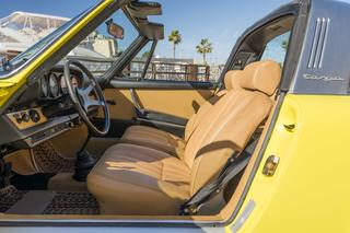 Porsche 911 1.gen. 2.4 E Targa, 1973 - Primary interior photo