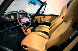 Porsche 911 G-model Carrera 3.2 Targa 160kW-version, 1986 - Primary interior photo