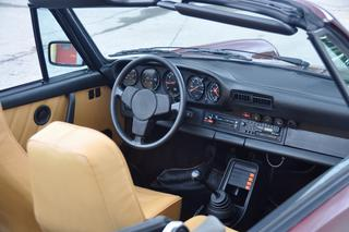 Porsche 911 G-model SC 3.0 Cabriolet 150kW-version, 1983 - Primary interior photo