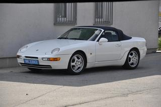 Porsche 968  Cabriolet, 1992 - Primary exterior photo