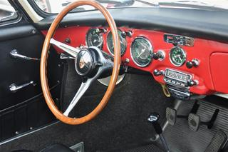 356 B T6 2000 GS Carrera 2 Coupé - Main interior photo