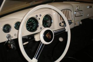 356 pre-A 1100 Cabriolet - Main interior photo