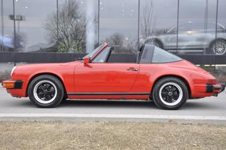 Porsche 911 G-model Carrera 3.2 Targa 160kW-version, 1987 - Primary exterior photo