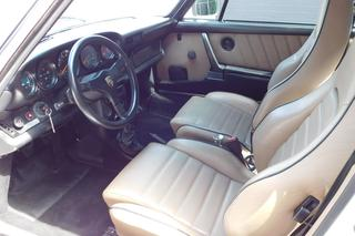 Porsche 911 G-model Turbo 3.3 Coupé Flachbau 243kW-version, 1984 - Primary interior photo