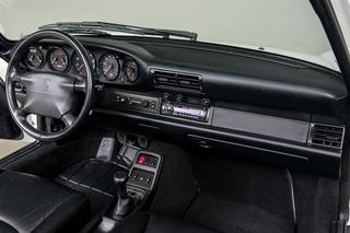 911 993 Carrera Cabriolet 3.6 200kW-version - Main interior photo