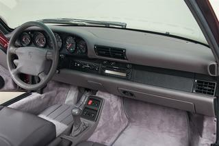 911 993 Turbo Coupé  - Main interior photo