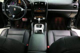 Porsche Cayenne 957 S, 2008 - Primary interior photo