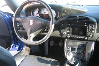 911 996 Carrera 4S Coupé - Main interior photo