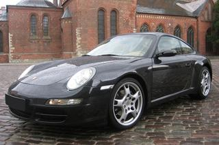 911 997 Carrera Coupé mk1 - Main exterior photo
