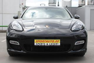 Porsche Panamera 970.1 Turbo S 4.8, 2012 - Primary exterior photo