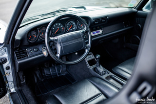 Porsche 911 964 Turbo 3.3, 1992 - Primary interior photo