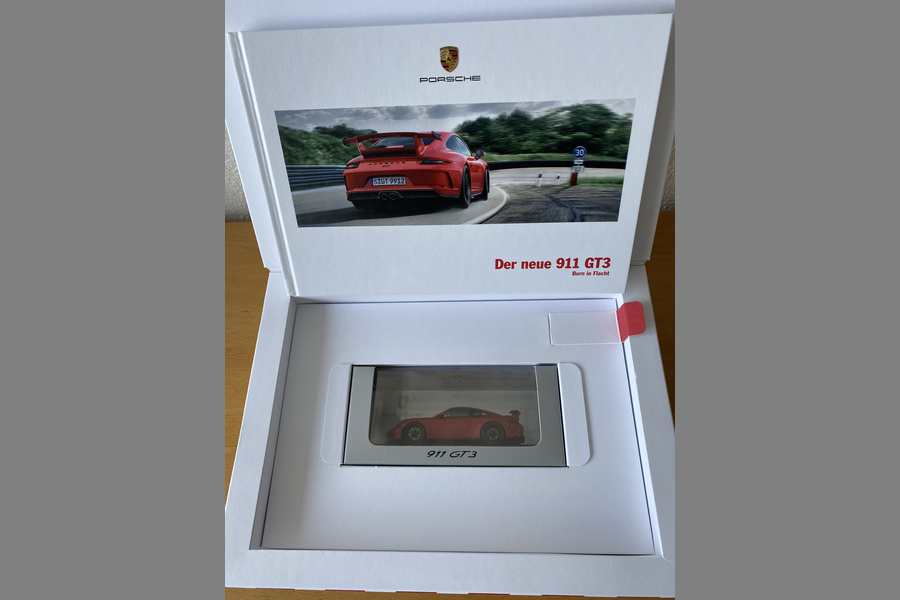 Rare GT3 box with brochure and GT3 model  - #2