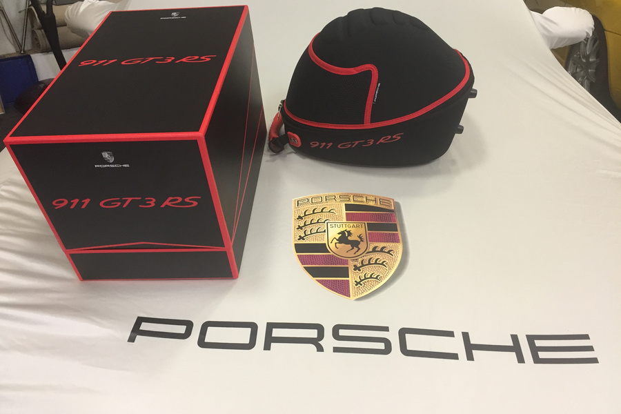 Porsches For Sale >> Very rare collectible Porsche (991) Helmet bag, case for sale by sportscarfreak - Stuttcars.com