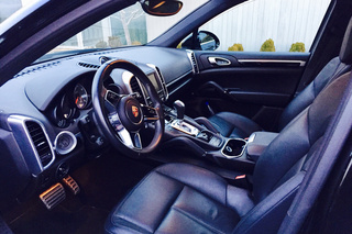 Porsche Cayenne 958.2 S (Turbo 3.6), 2015 - Primary interior photo