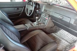 924 Turbo 130kW-version - Main interior photo
