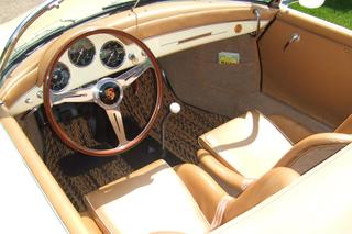 356 A 1600 Speedster - Main interior photo