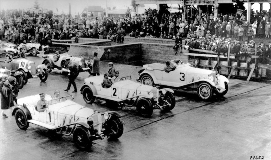 https://photos.stuttcars.info/upload/2011/11/10/1927-nurburgring-copyright-unknown.jpg