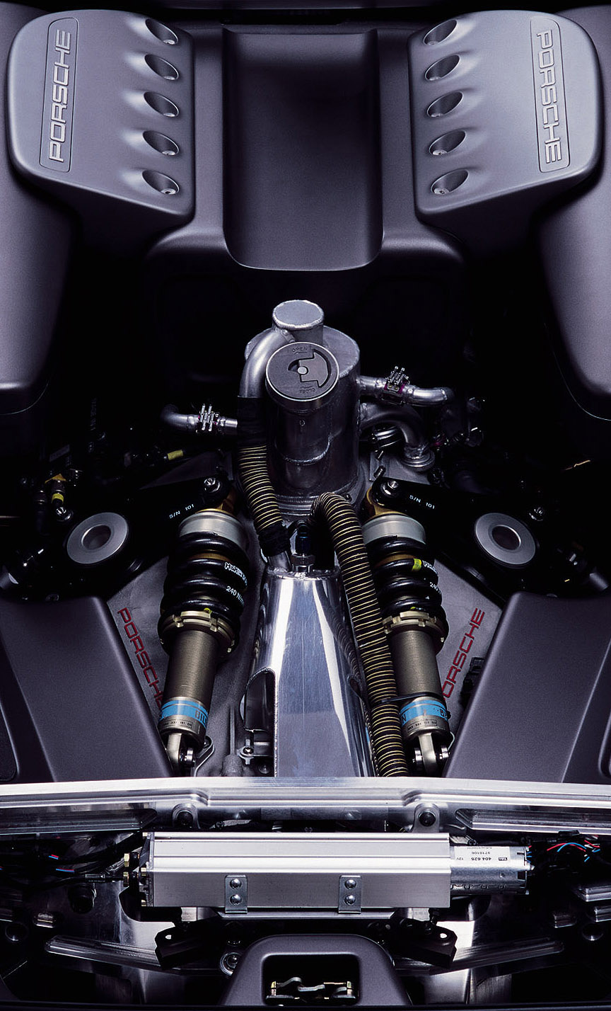 Porsche Carrera GT concept car engine