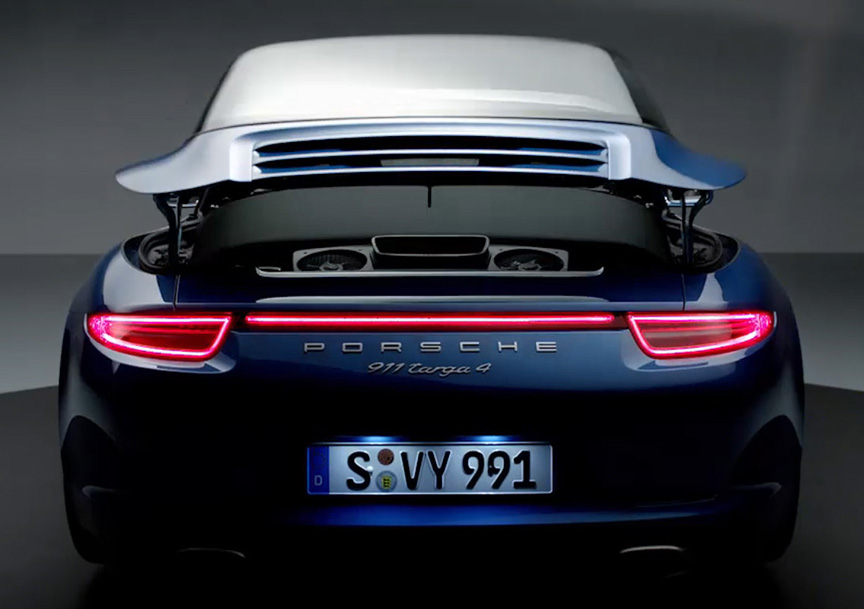 911 Targa Roof Targa Roof in Action© Porsche
