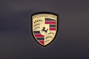 Story of the Porsche crest