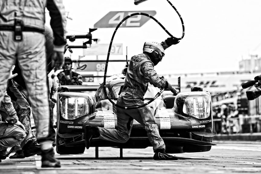 2016 Porsche 919 hybrid, Nürburgring 6 hours, quick action in the pits