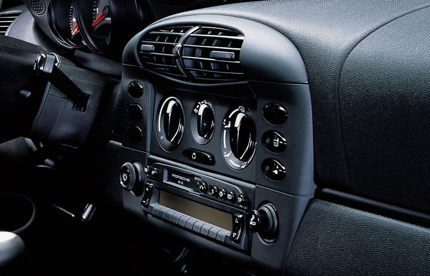 Porsche 911 996.1 GT3 without air conditioning