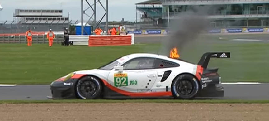 2017 April 16, Silverstone 6 hour FIA WEC, Porsche 911 991 RSR mid-engine fire