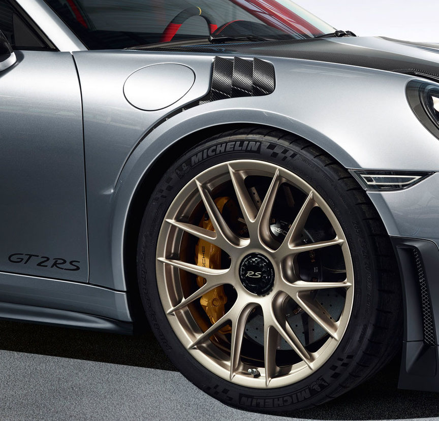Porsche 911 991 GT2 RS magnesium wheel
