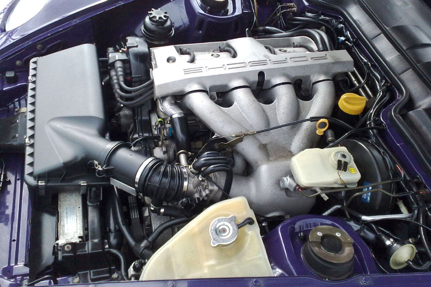 Porsche 968 engine bay