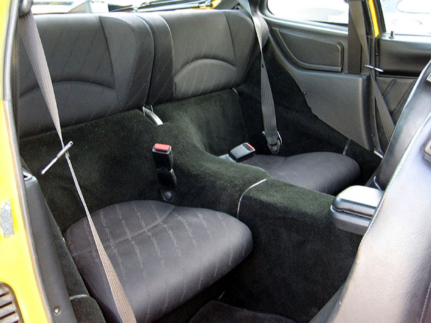 Porsche 968 newer style seats, Japanese version with longer rear seat bottoms