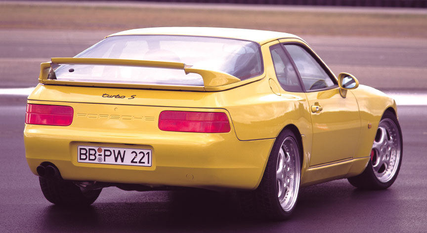 Porsche 968 Turbo S rear