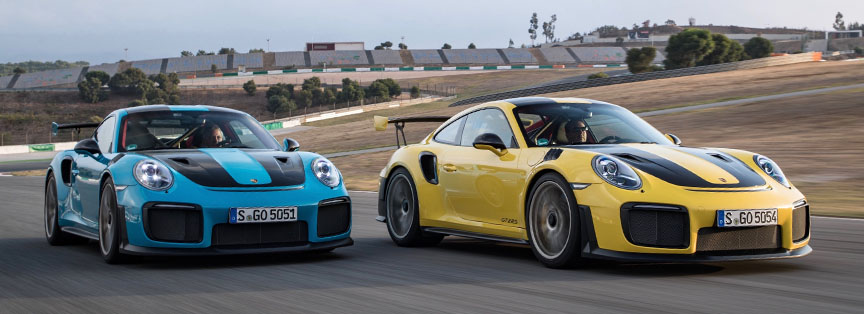 2017 Portimao GT2 RS press launch - Miami Blue vs Speed Yellow